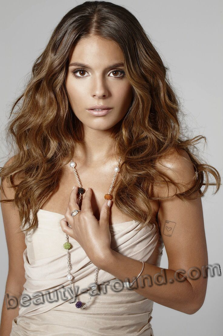 Caitlin Stasey cute Australian TV series actress