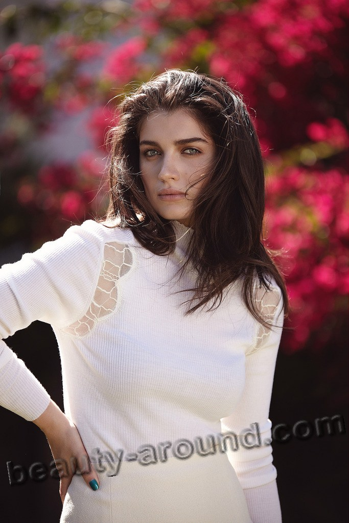Eve Hewson beautiful Irish TV series actress photo