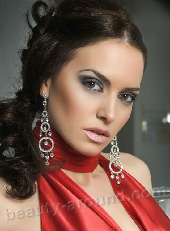 Carmen Laura Garcia first vice-miss Spain 2009