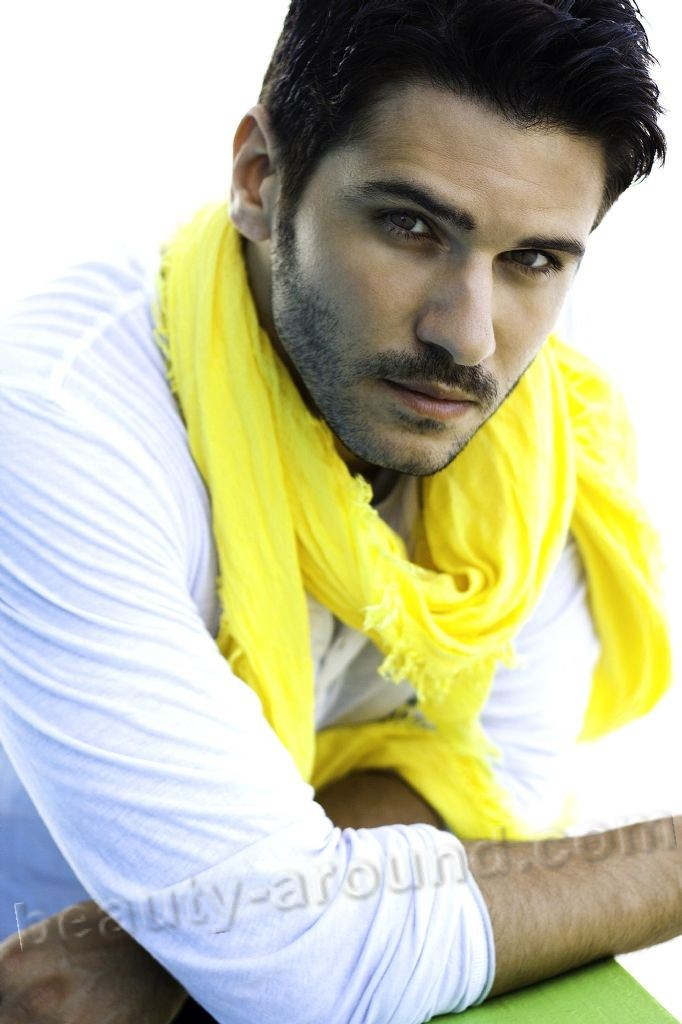 Tolgahan Sayısman turkish actor photo