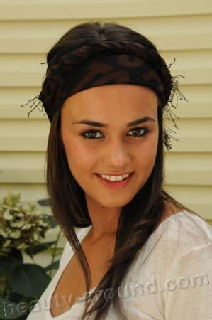 Hande Soral Turkish actress photo
