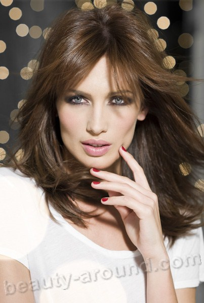 Nieves Alvarez  Spanish model and TV shows about fashion