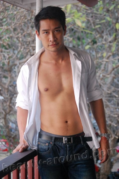 Thai Actors Pong Nawat Kulratanarak photo