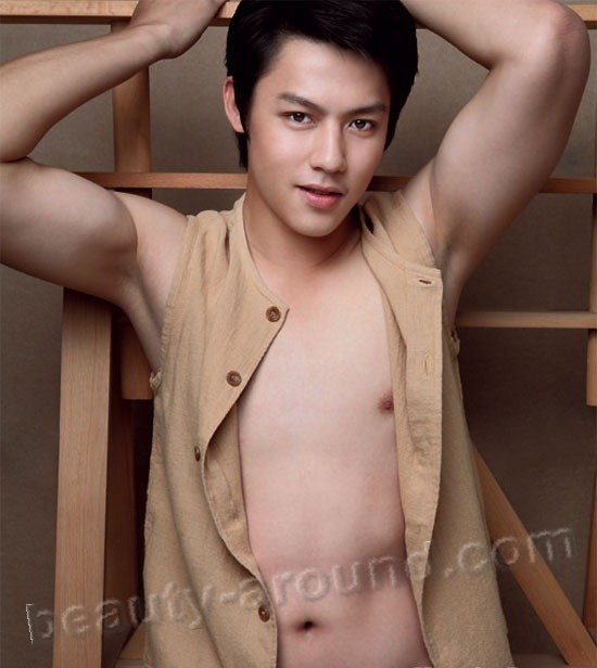 Thai Actors Mark Prin Suparat