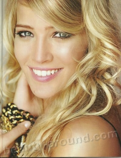 Luisana Lopilato Beautiful Argentinian women photo