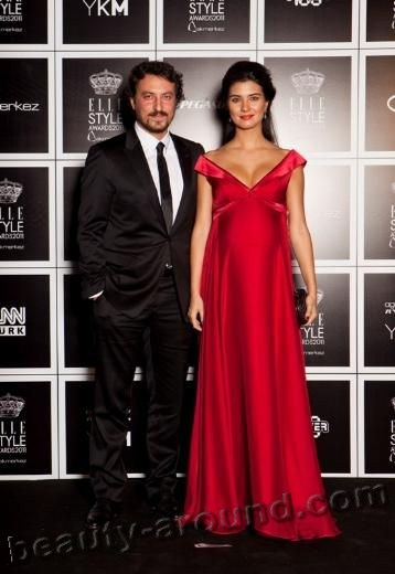 Tuba Büyüküstün / Tuba Buyukustun and her husband Onur Saylak photo