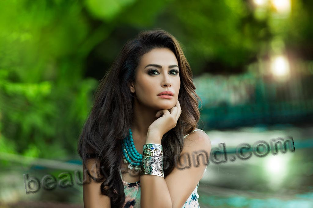 Hend Sabry beautiful Tunisian actress picture