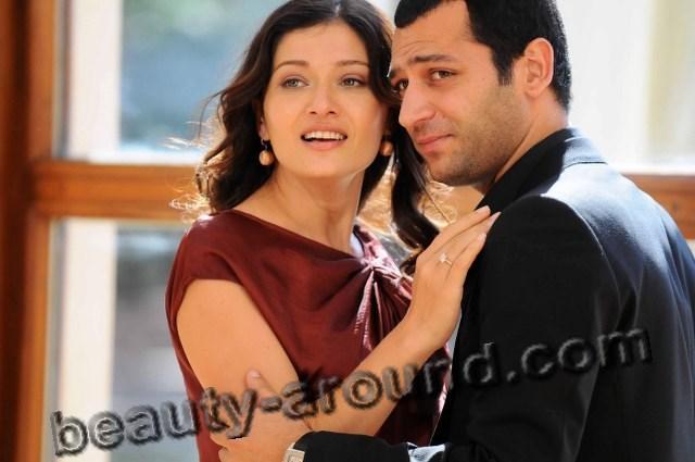 Лучшая турецкая пара из сериала Нургюль Ешилчай и Мурат Йылдырым фото