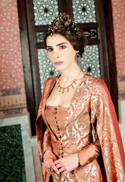 Mahidevran (NUR AYSAN) series actress magnificent century