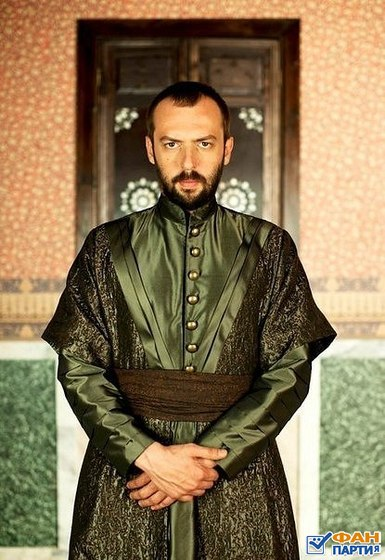 Ibrahim Pasha (Okan Yalabyk) actor series Magnificent Century