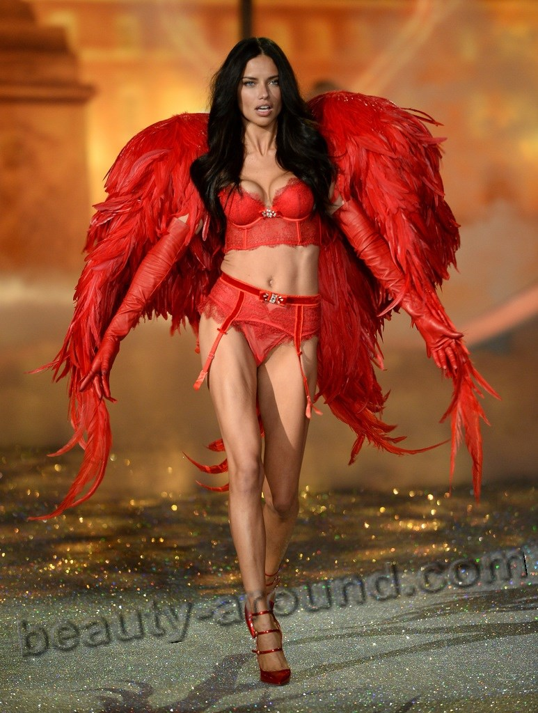 Adriana Lima Most Beautiful Angel of Victoria's Secret photo