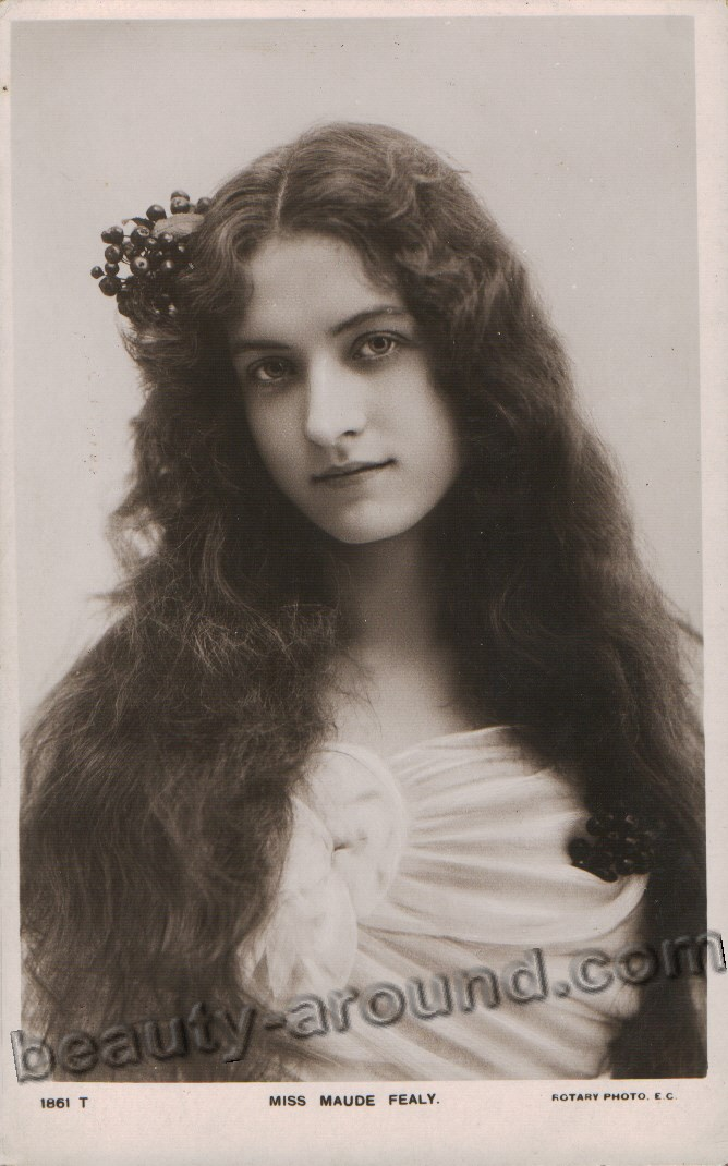 Vintage portrait of a beautiful woman
