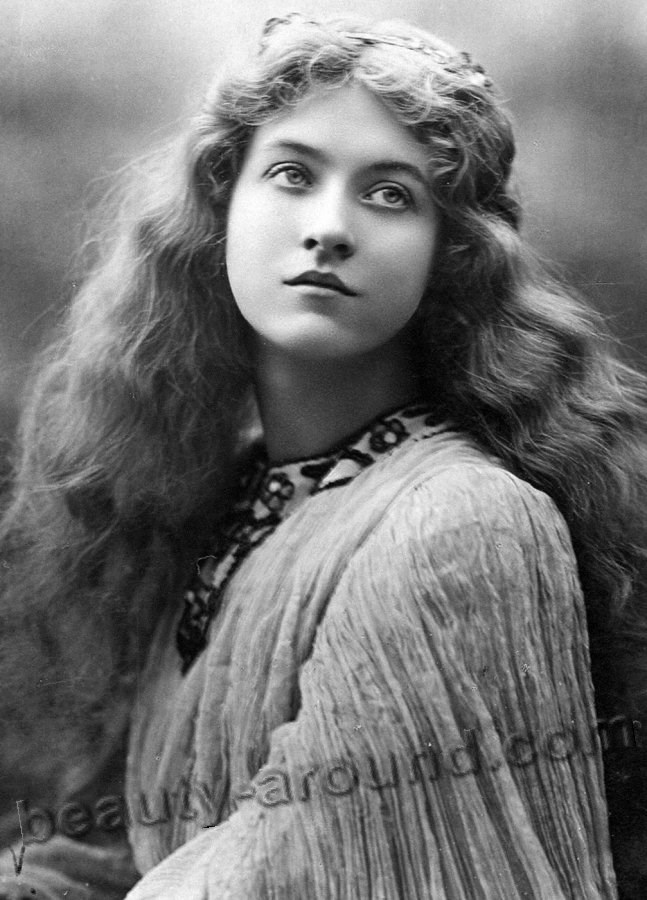 Beautiful vintage photo of a woman