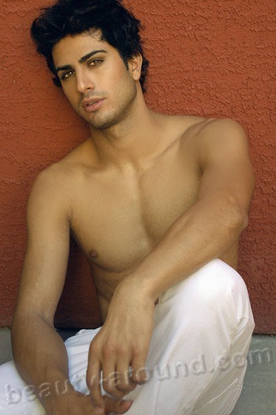 Alexander Uloom arab men pictures