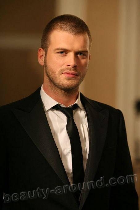 Kivanc Tatlitug oriental men photos