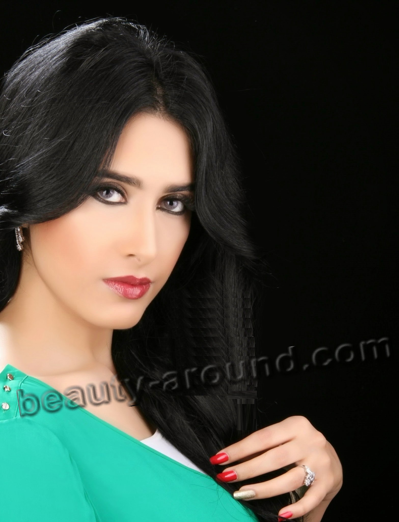 Rana al-Haddad красивая йеменская певица фото