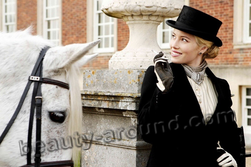 Jessica Biel in the film Easy Virtue with horse photos