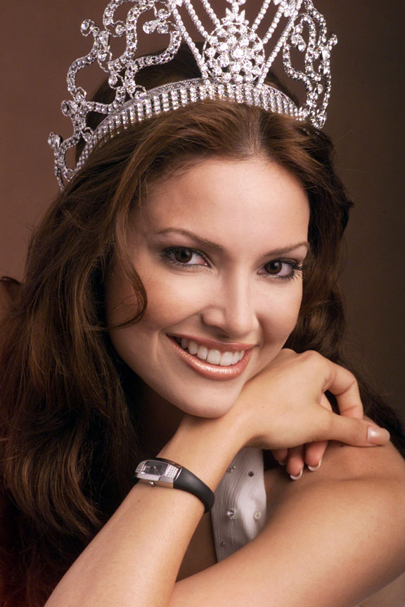 Miss Universe 2001 Denise Marie Quinones August