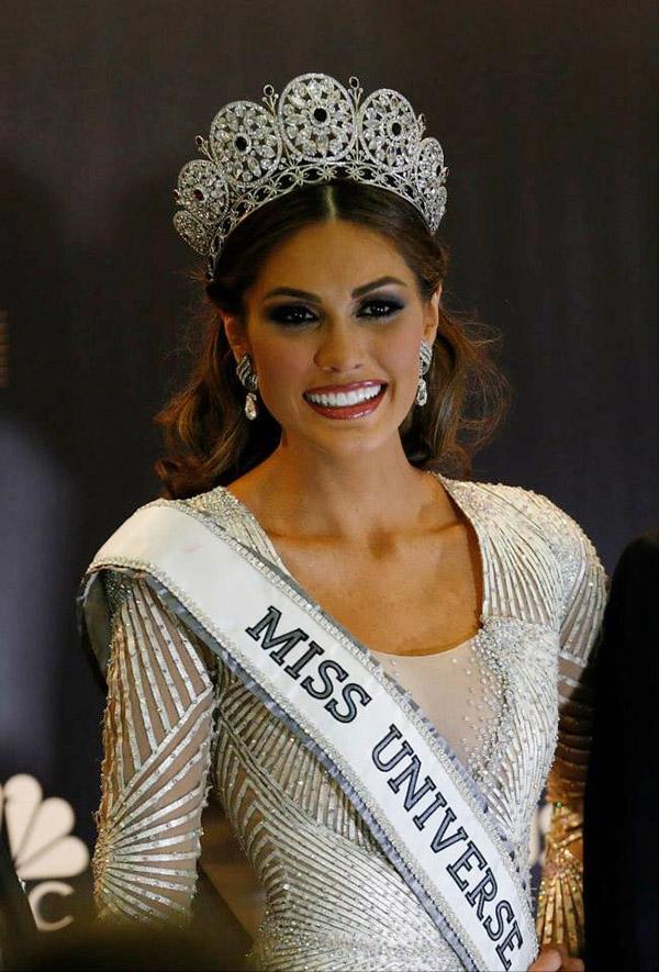 Победительница мисс Вселенная 2013 Габриэла Ислер