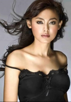 Top-19 Beautiful Indonesian Women. Photo Gallery