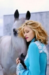 Celebrities with horses (50 photos)